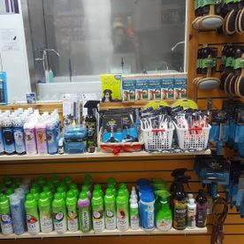 feed store interior 4